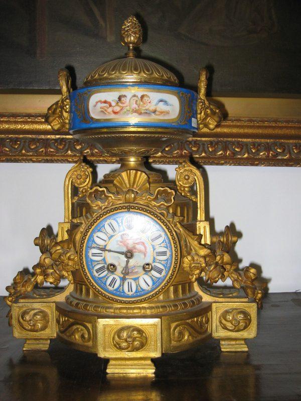 sevres-clock