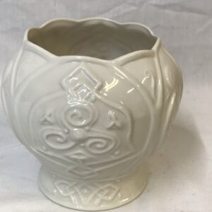 Irish Belleek China Shamrock Cache Pot, 11th Mark
